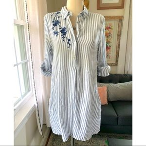 🆕 Listing! Embroidered Striped Tunic w/ Pockets